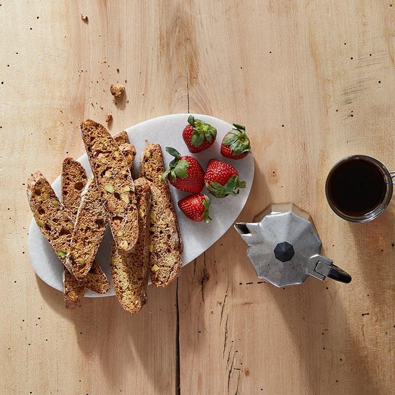 Photo de Biscottis aux fraises et aux pistaches par WW
