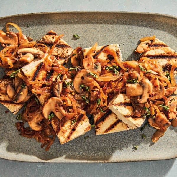 Photo of Grilled tofu steaks with onions and mushrooms by WW