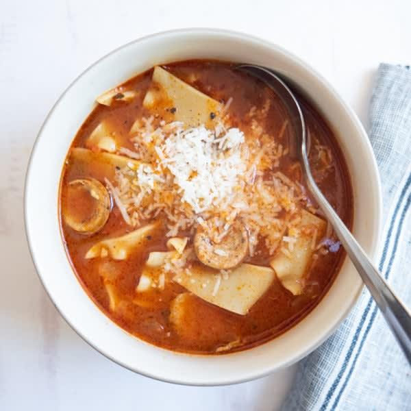 Photo de Soupe de style lasagne à l'Instant Pot par WW