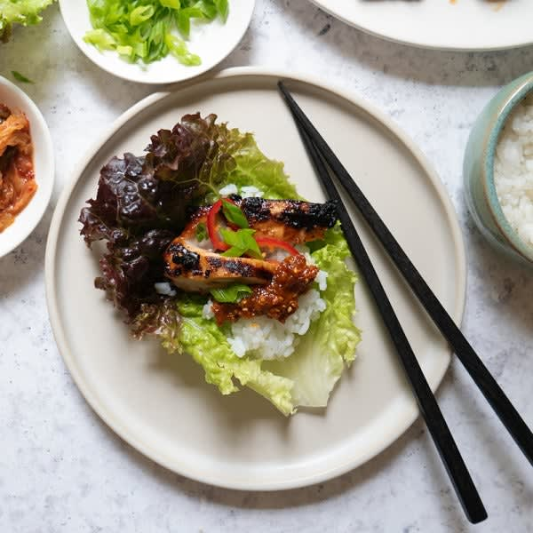 Photo de Roulés de laitue au poulet grillé à la coréenne par WW