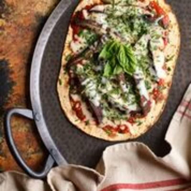 Photo of Grilled portobello flatbread pizza by WW