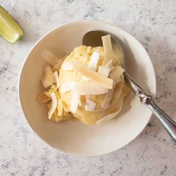 Photo de Crème glacée d'ananas à la piña colada grillée par WW