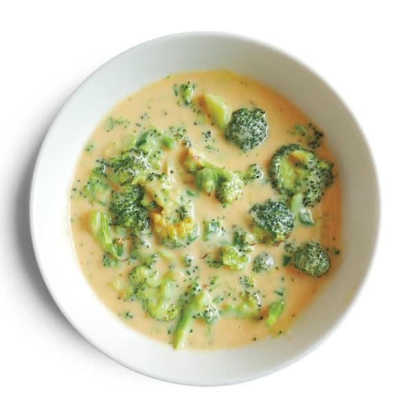 Photo de Soupe rapide au brocoli et au cheddar par WW