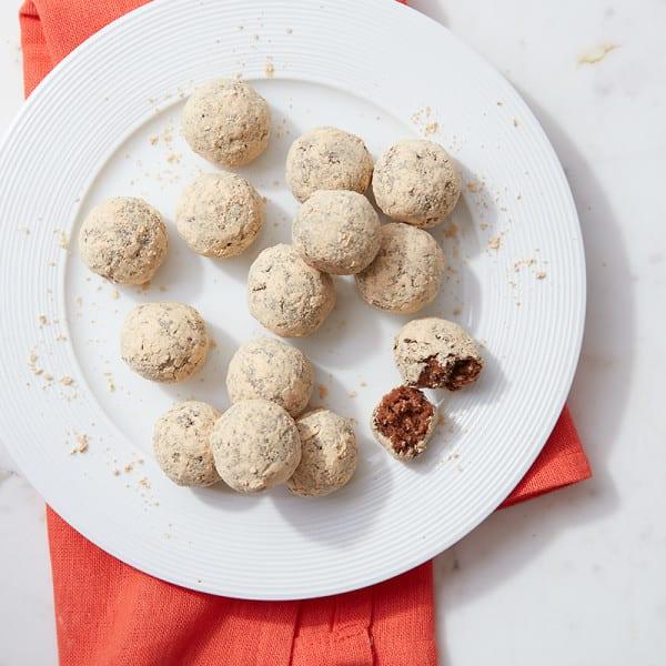 Photo de Bouchées protéinées sans cuisson au chocolat et au beurre d'arachide par WW