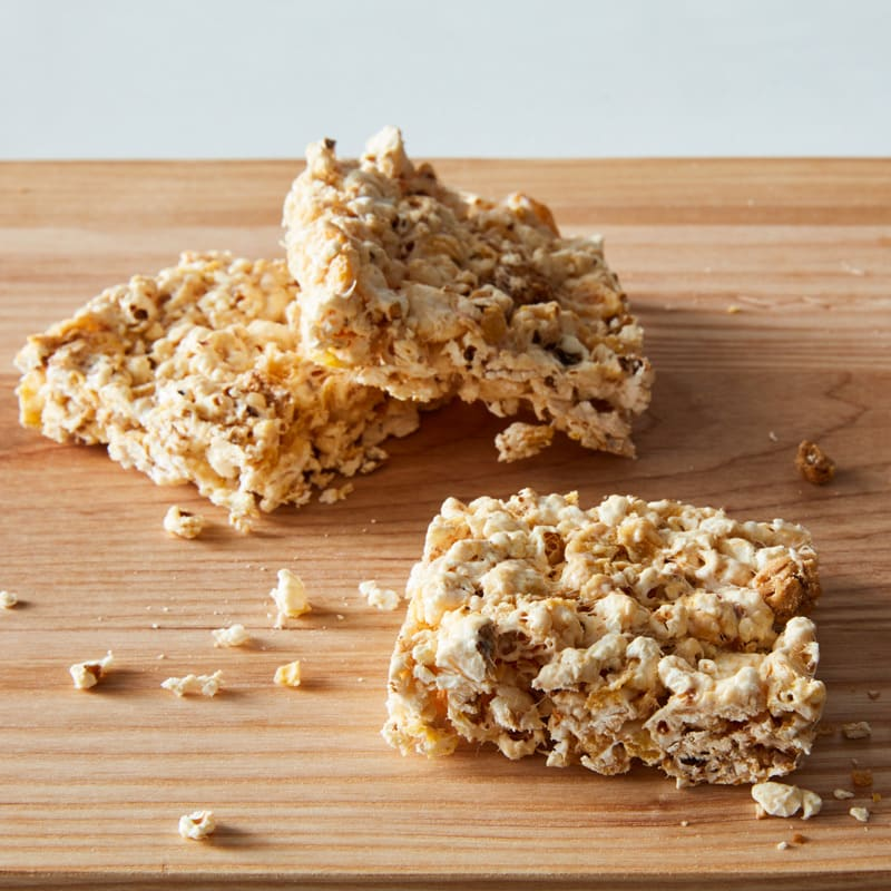 Photo of Chewy marshmallow-peanut popcorn bars by WW