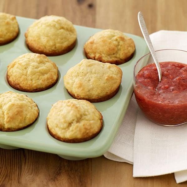 Photo de Muffins citron-yogourt avec sauce aux fraises par WW