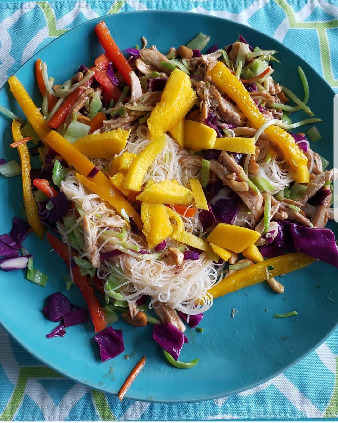 Photo de Salade de dinde et de noix de cajou par WW