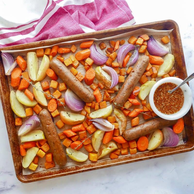 Photo de Plat de saucisses végétariennes sur la plaque par WW
