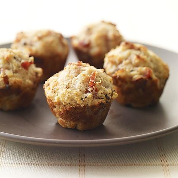 Photo de Muffins miniatures au parmesan et prosciutto par WW