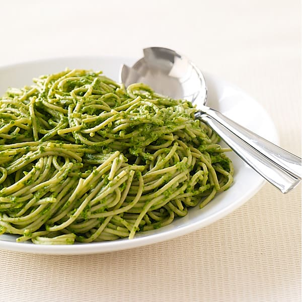 Photo of Pasta with creamy spinach pesto by WW