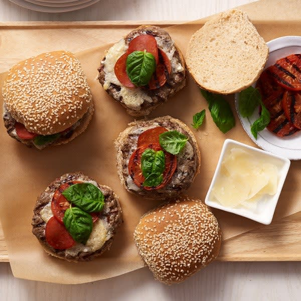 Photo of Pepperoni pizza burgers by WW
