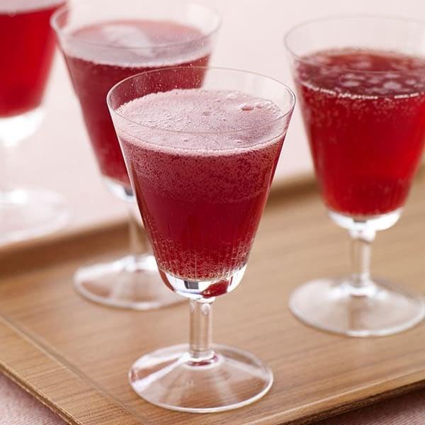 Photo de Cocktail à la framboise et au prosecco par WW