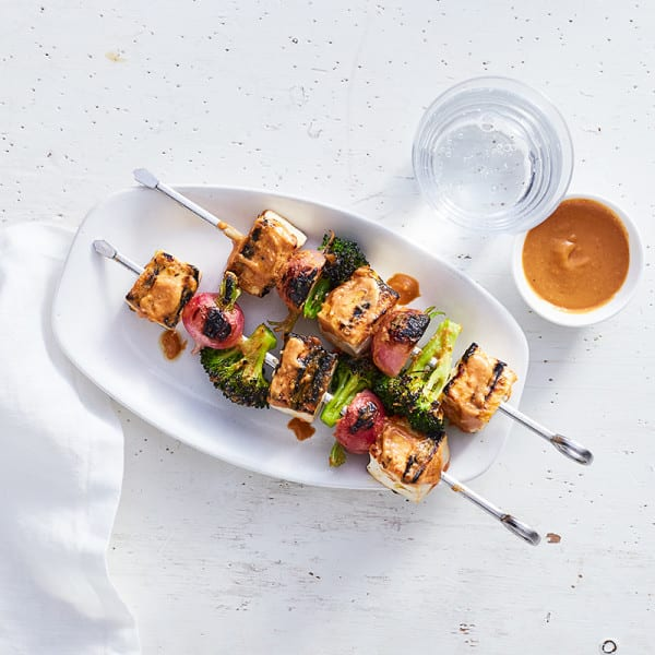 Photo of Tofu-veggie kebabs with peanut-sriracha sauce by WW