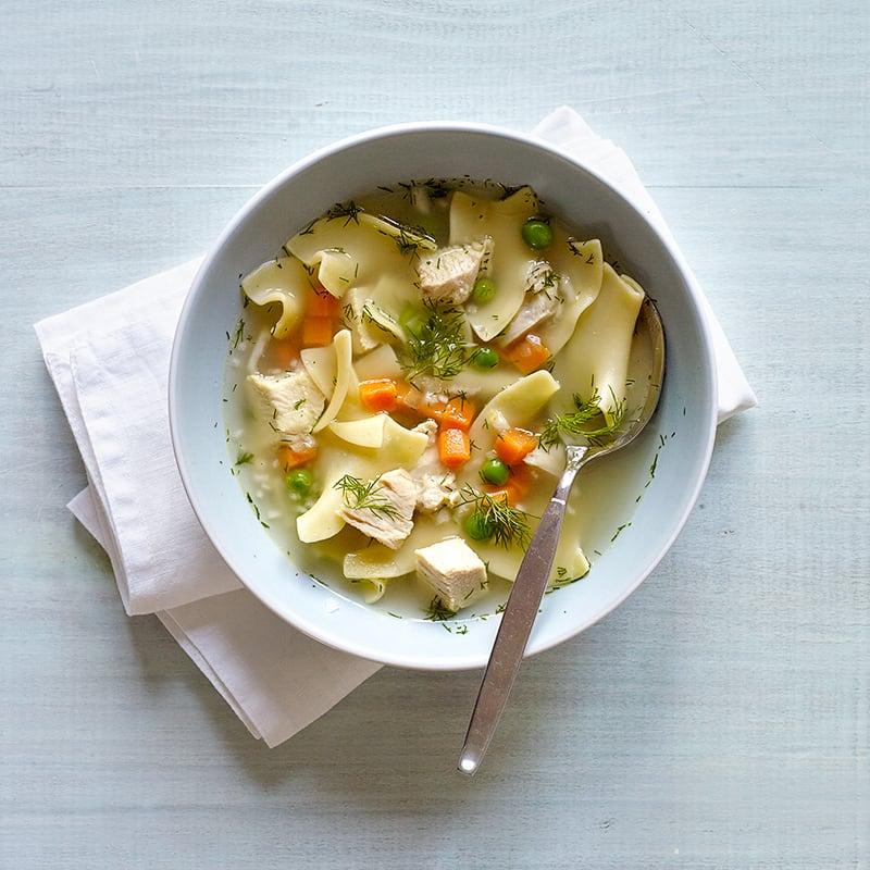 Photo de Soupe instantanée au poulet classique pour une personne par WW