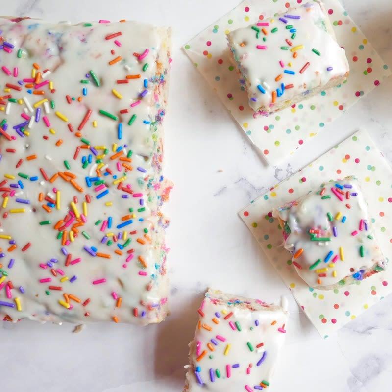 Photo de Petit gâteau multicolore végétalien et sans gluten par WW