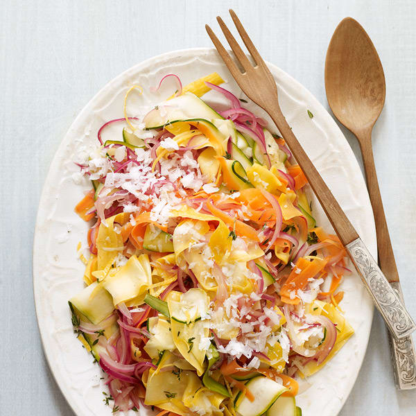 Photo of Tricolor vegetable ribbons with lemon, thyme and pecorino by WW