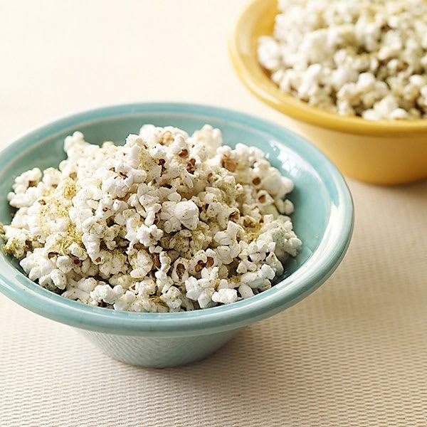 Photo of Parmesan-thyme popcorn by WW