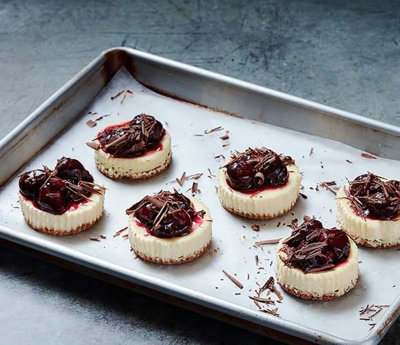 Photo de Mini gâteaux au fromage au chocolat noir et aux cerises par WW