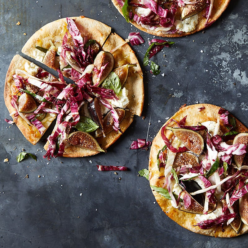 Photo of Radicchio, goat cheese and fig pizza by WW