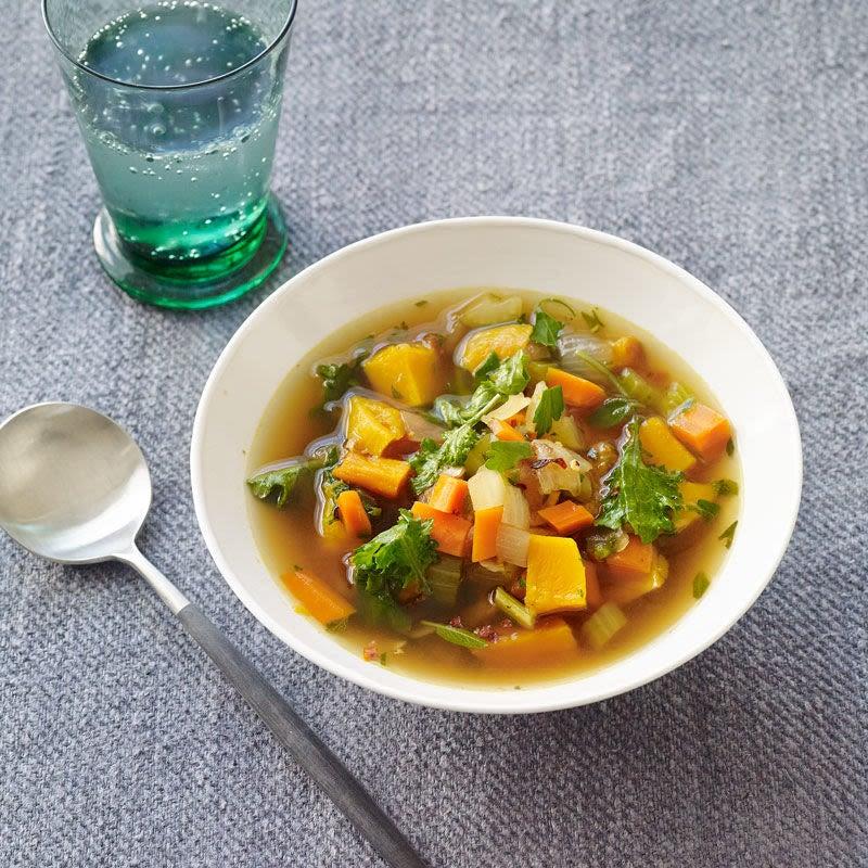 Photo de Soupe au chou frisé et à la courge musquée rôtie par WW