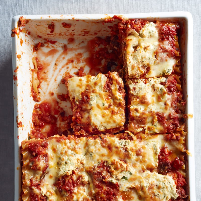 Photo of Classic lasagna by WW