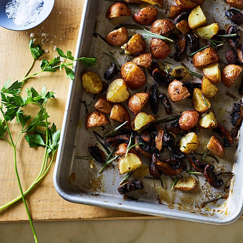 Photo of Roasted Baby Potatoes with Mushrooms and Herbs by WW
