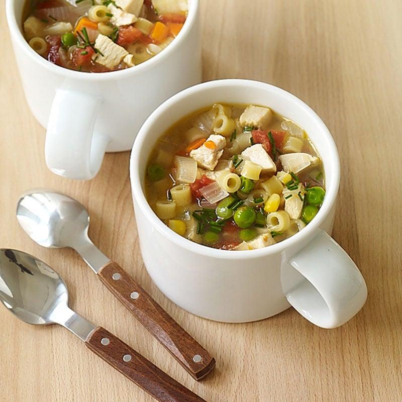 Photo de Soupe poulet et nouilles super facile par WW