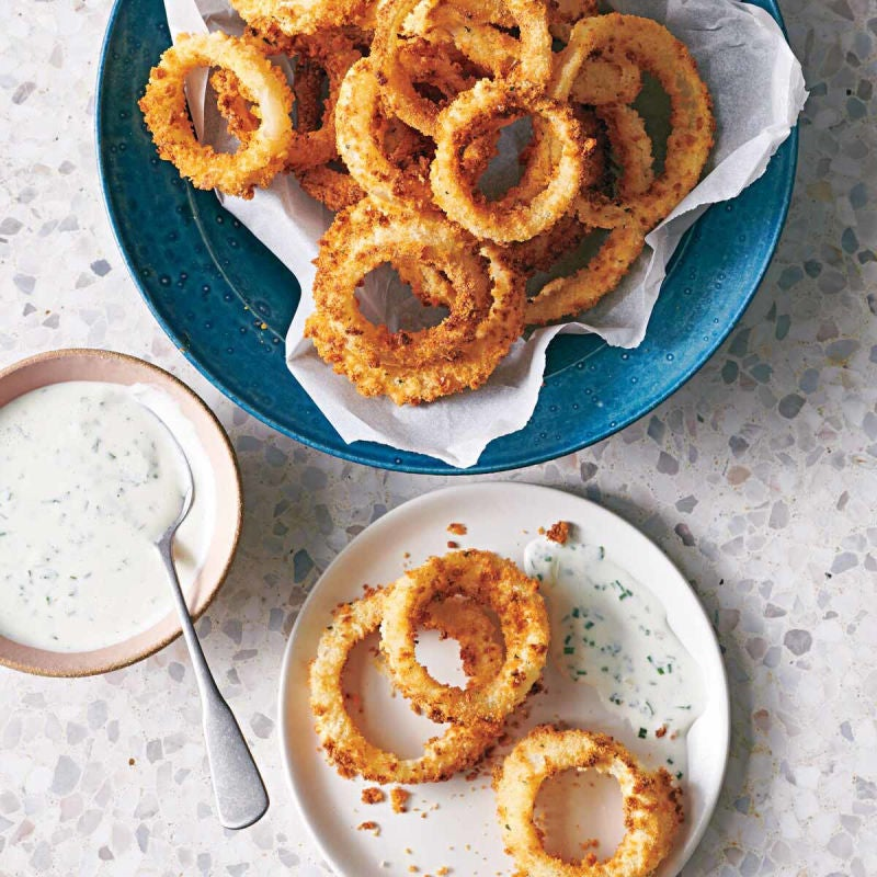 Photo of Crunchy onion rings with kefir ranch dip by WW