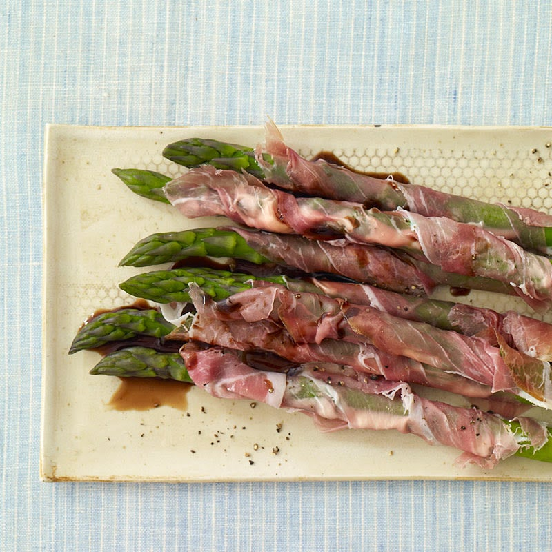 Photo of Prosciutto-Wrapped Asparagus by WW