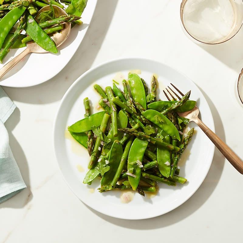 Photo de Salade de pois mange-tout et d'asperges de CatCora par WW