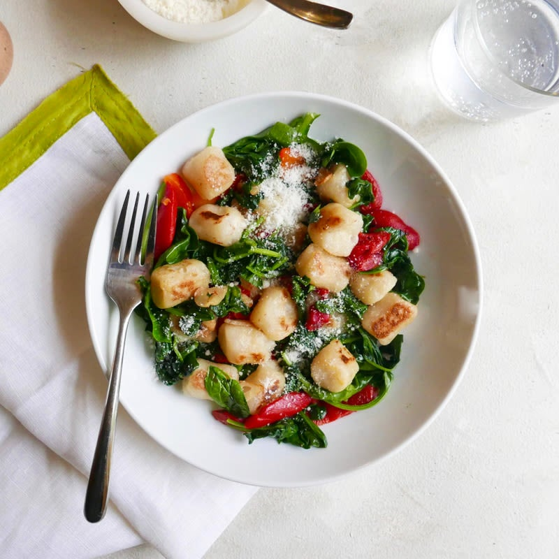 Photo of Cauliflower gnocchi with peppers and spinach by WW