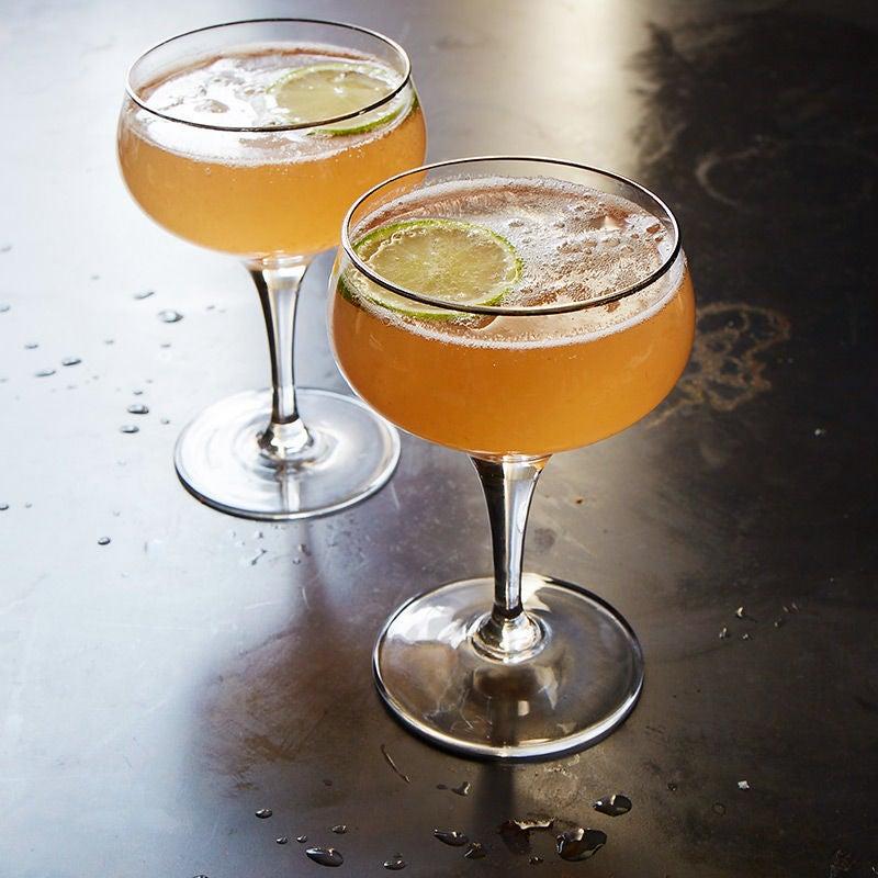 Photo de Cocktail au champagne et aux framboises par WW