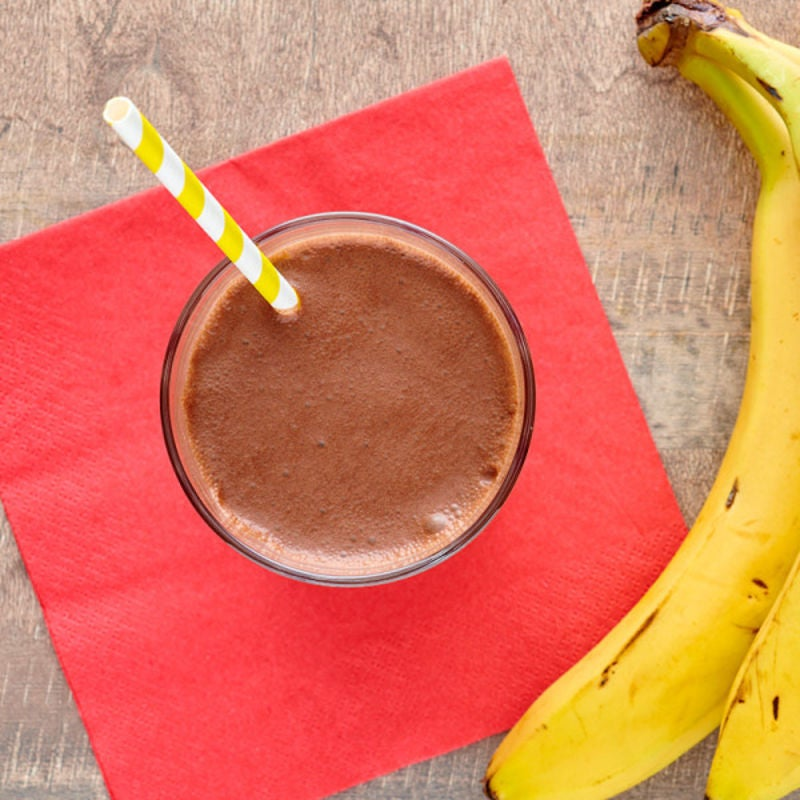 Photo de Boisson fouettée protéinée au chocolat et à la banane par WW