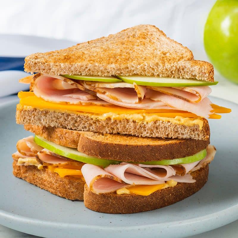 Photo de Sandwich à la dinde et à la pomme par WW